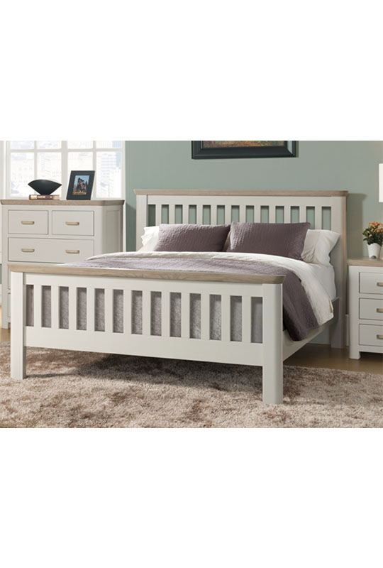 Treviso Painted 5' Bed