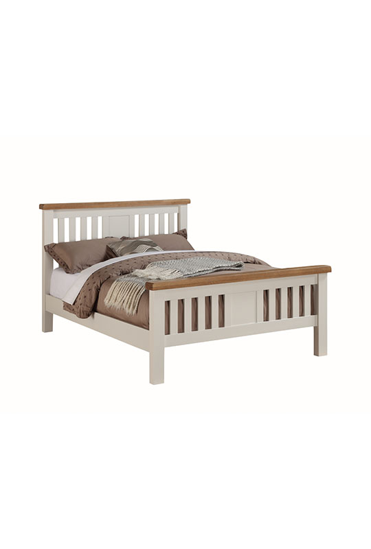 Heritage 4'6 Bed